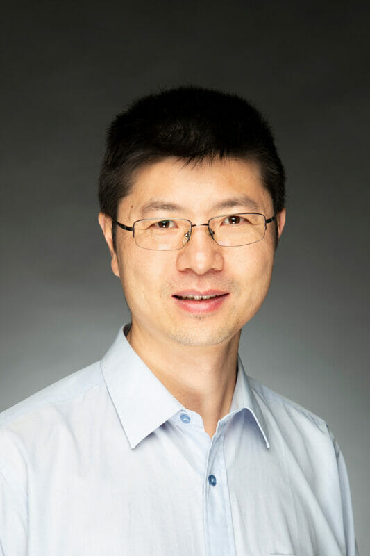 Portrait of Miou Zhou, PhD.